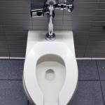 夜トイレが近い!夜中に何度も起きる、この原因って何?